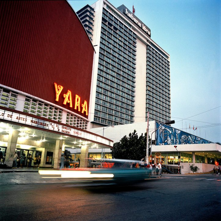 Cine Yara, formerly Radio Centro and Warner, Havana.