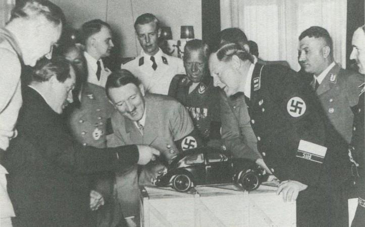 HitlerVolkswagen-1024x640