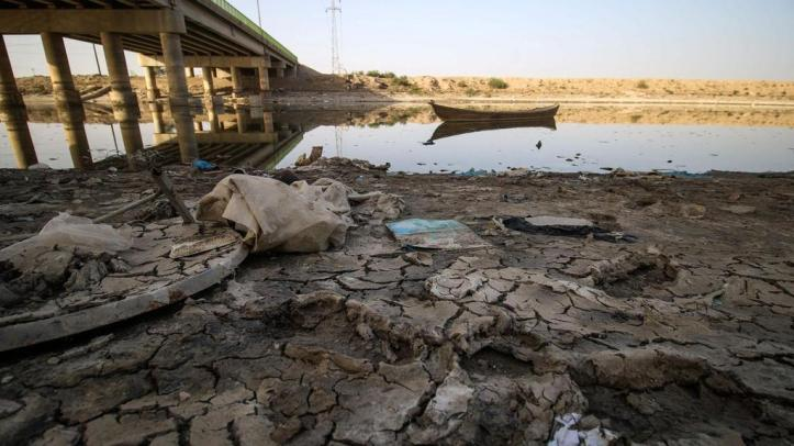 wo04-Iraq-Water