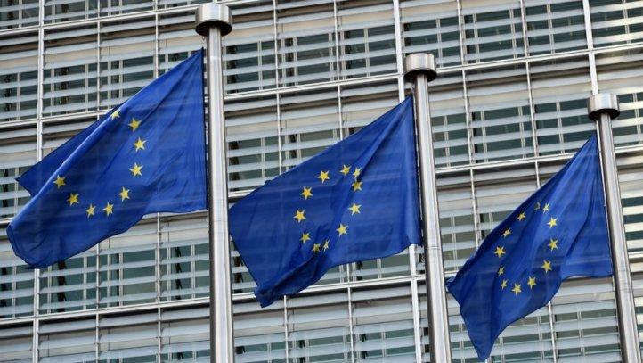 eu_parliament_flags