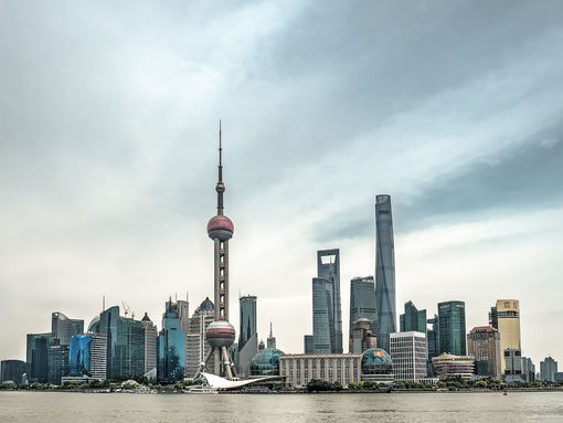 1920px-Shanghai_skyline_waterfront_pudong_5166168_69_70