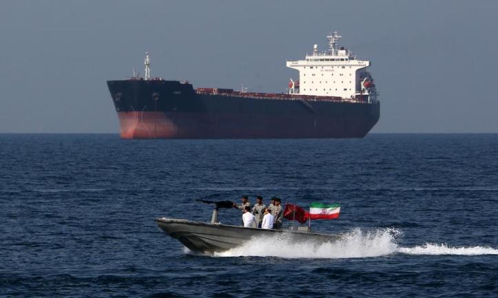 Strait-of-Hormuz-900x540